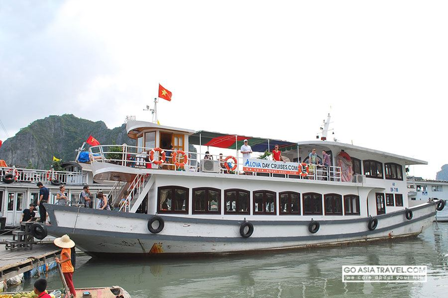 HA LONG BAY FULL DAY TRIP ( LUXURY TOUR )
